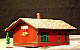 Hallmark Sarah Plain and Tall Collection The Hays Train Station 1994 AA-191768B image 5