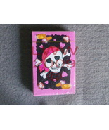 Girl Pink Pirate Skull & Crossbones playing cards NEW  - $4.99