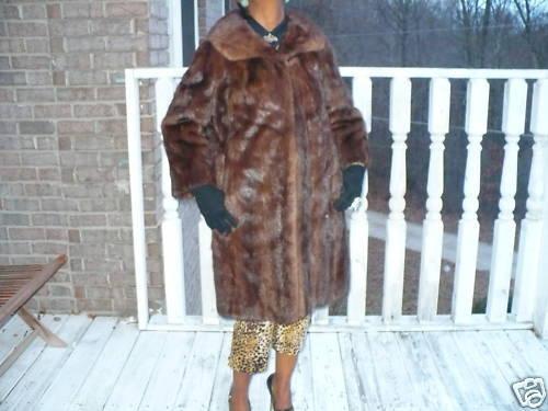 Eaton's Stroller length brown Mink Fur coat jacket M-14