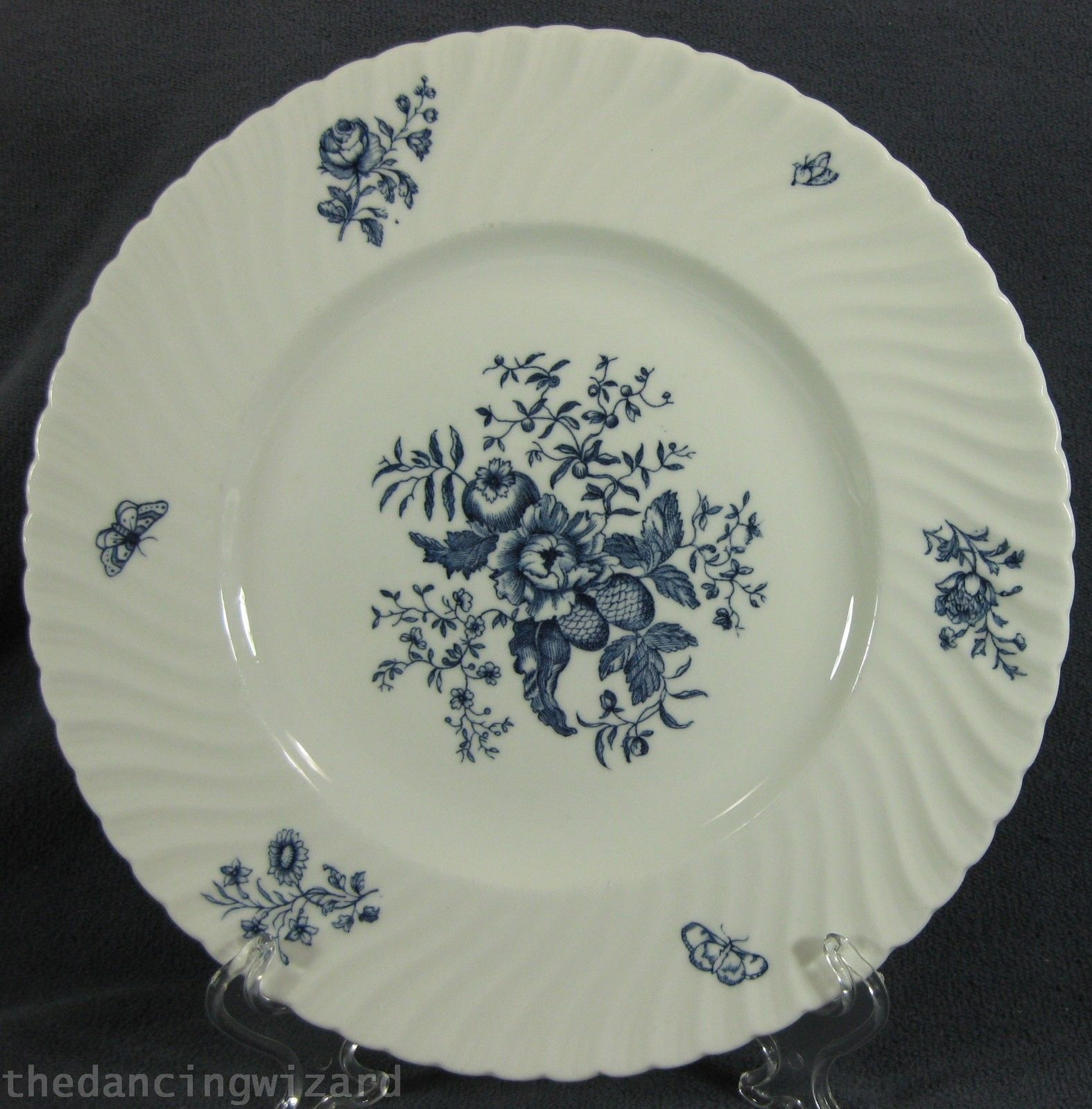 Royal Worcester Blue Sprays Dinner Plate (M2) England Bone China Swirled Rim