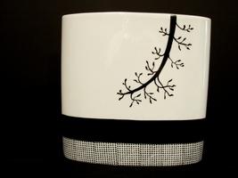 Tozai Home Vases Paris Design Pierre-Marie Couturier 10 Inch Black & White Conte - $24.00