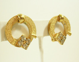 Vintage Tara D&E Clear Rhinestone Rough n Shiny Gold Plate Clip Earrings... - $19.80