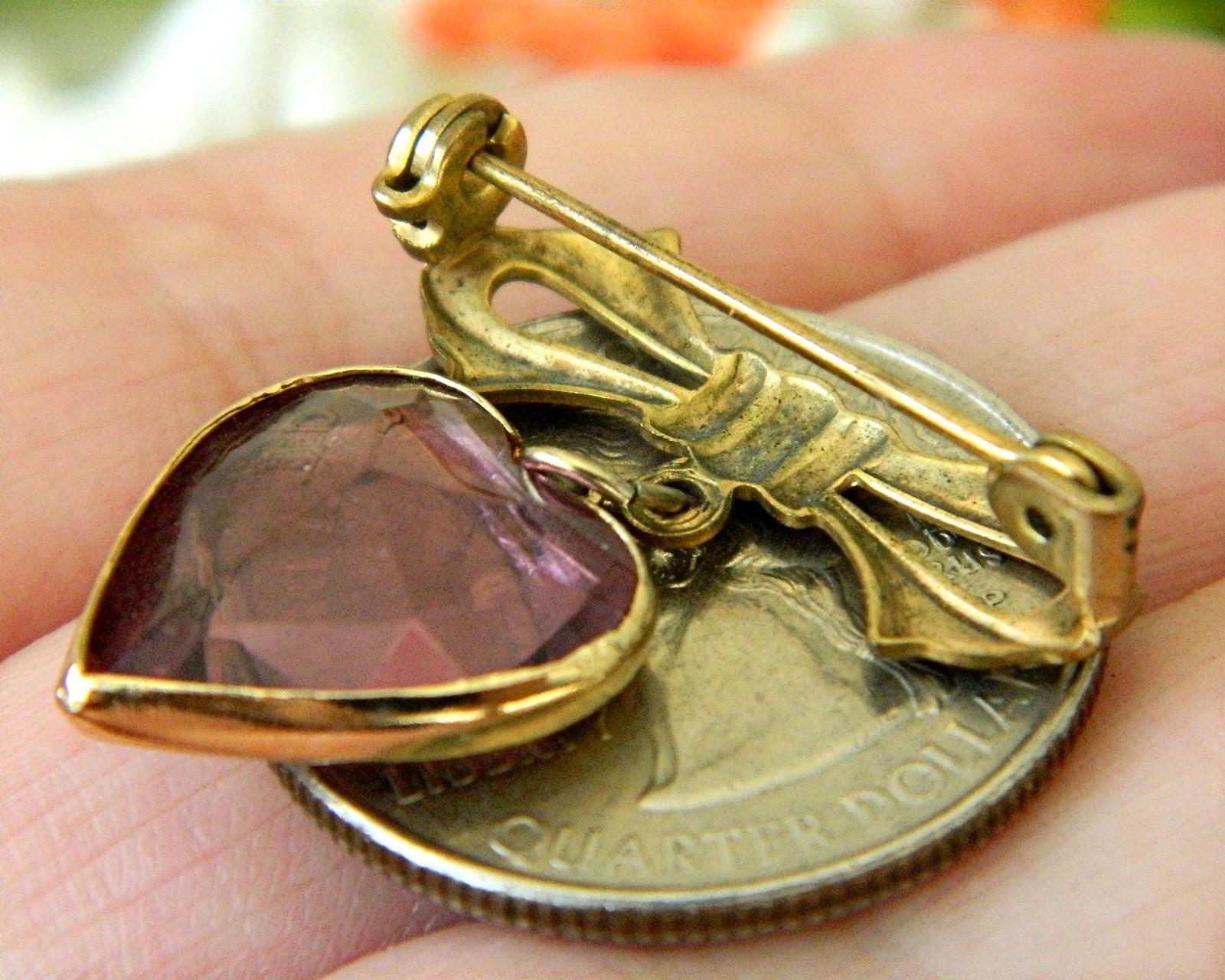 Vintage Bow Dangling Valentine Heart Brooch Pin Amethyst Goldtone image 5