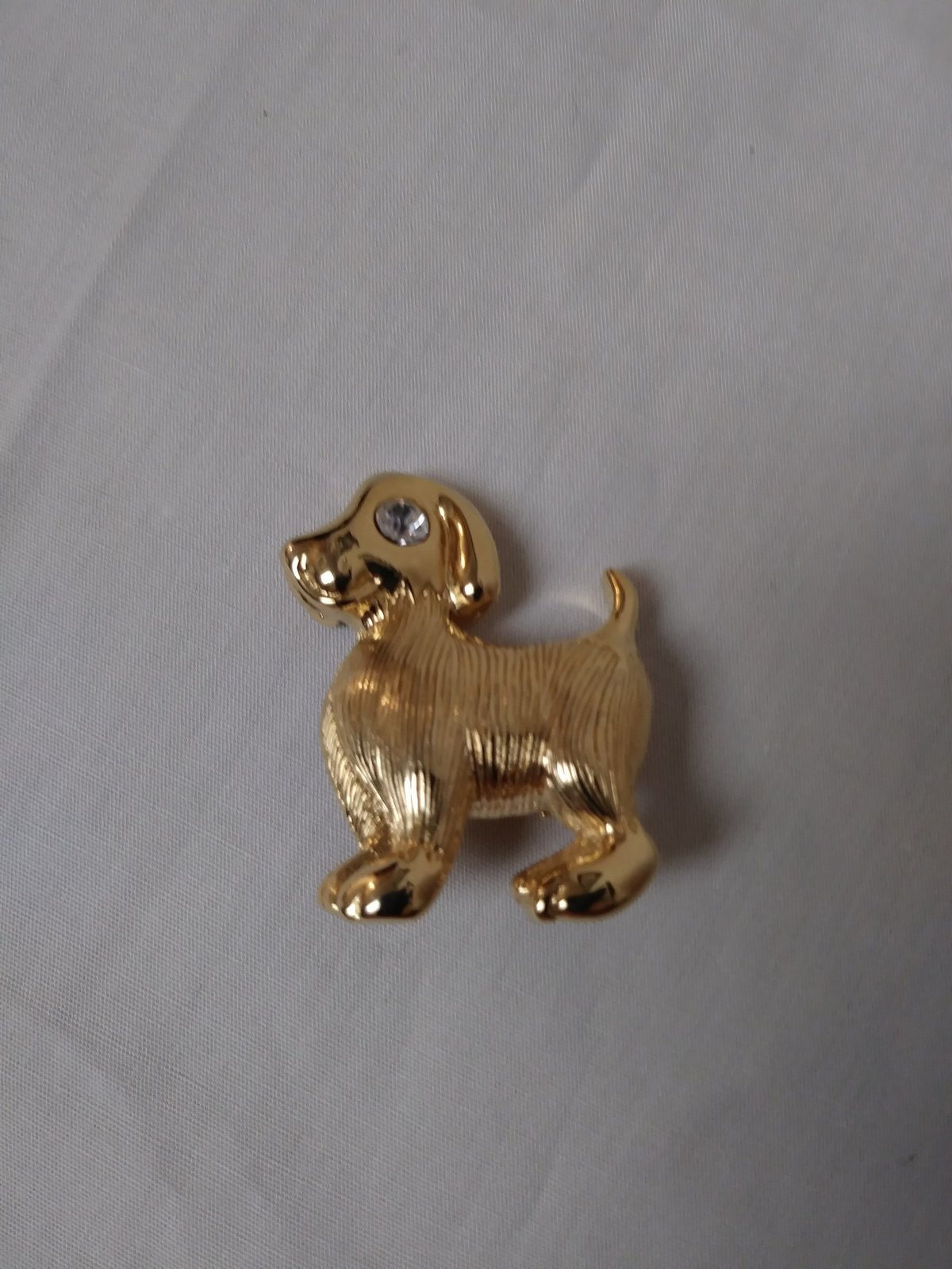 Gold Tone Dog Rhinestone Eye Pin Jewelry
