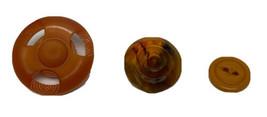 Menge 3 Vintage Plastik Verschiedene Orange Neuheit Knöpfe - $34.12