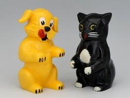 Vintage Novelty Salt & Pepper Shaker Set Ken-L-Ration Dog & Cat F&F USA
