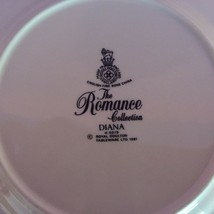"""Royal Doulton """"THE ROMANCE COLLECTION"""" DIANA Bread Plate, Mint Condition. - £4.60 GBP"""