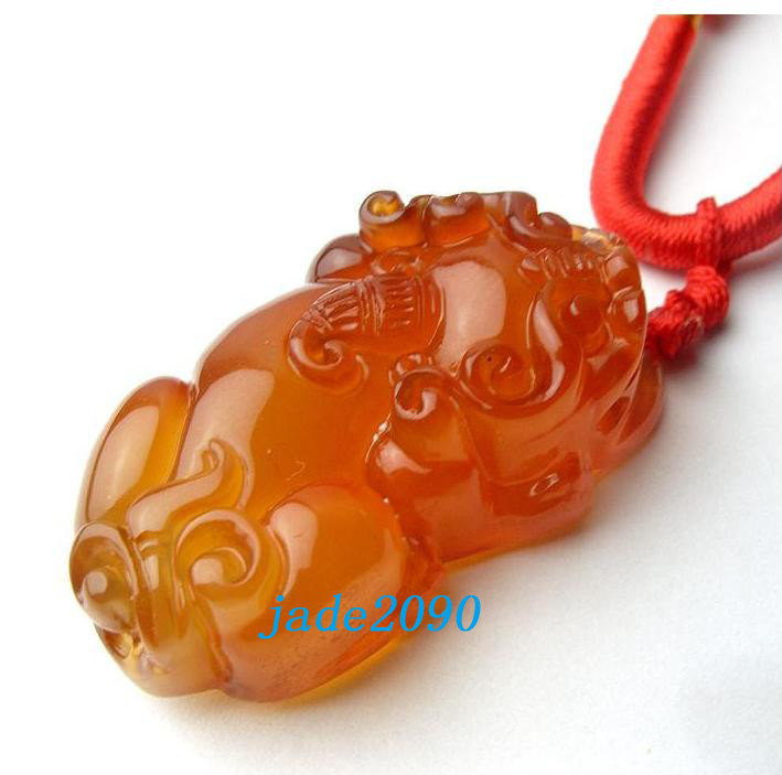 Free Shipping - good luck Natural Red agate / Carnelian Carved Pi Yao Amulet cha