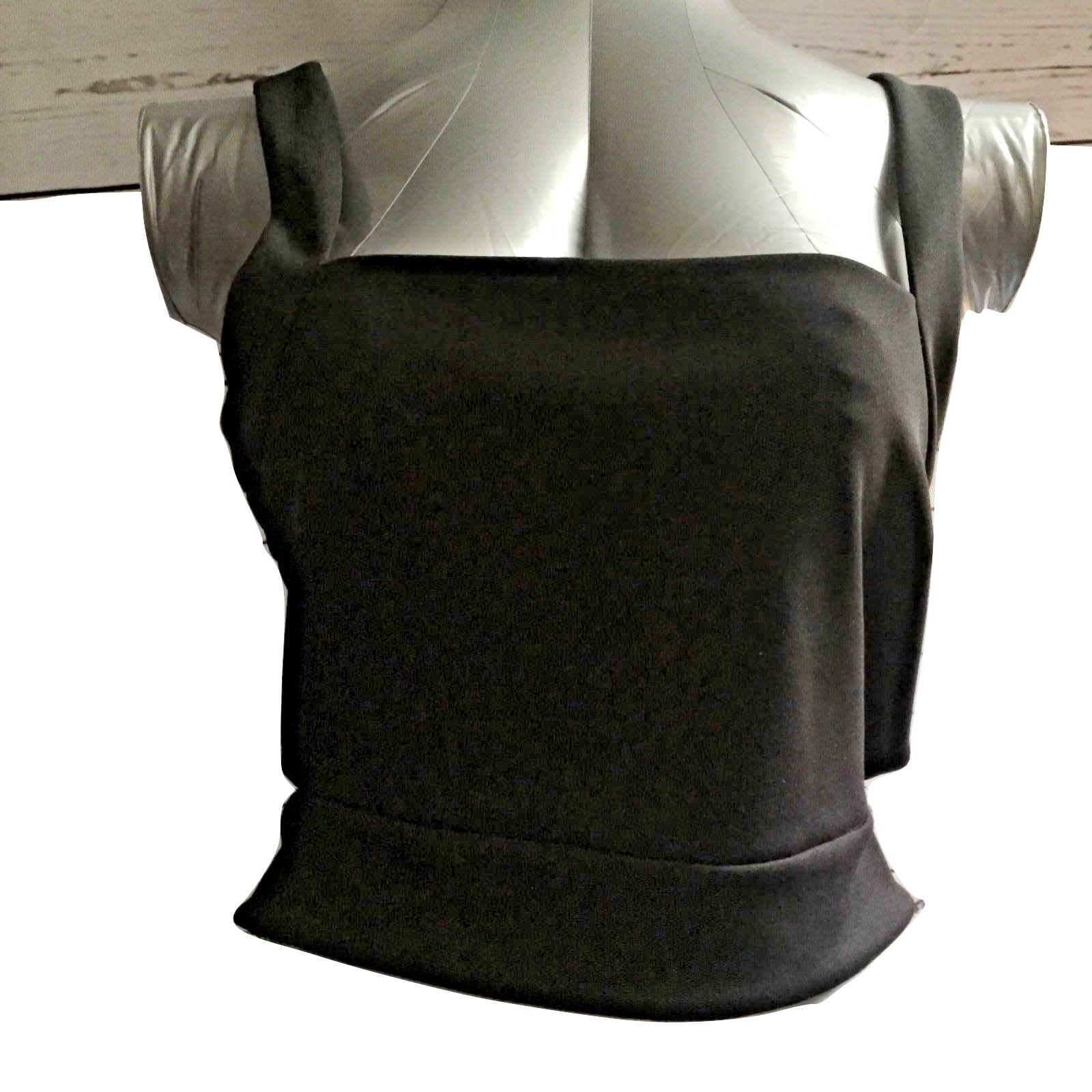 Primary image for Express Women Top Tank Blouse Size Large Black Sleeveless Cropped Cut Out New