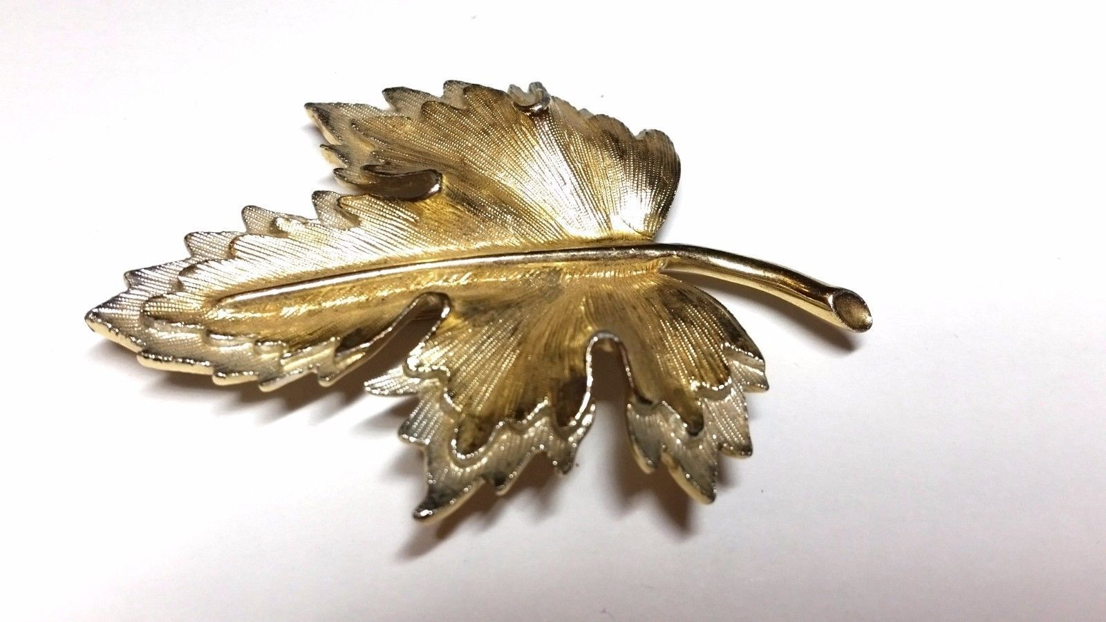 Sarah Coventry Double Leaf Pin Vintage Brooch Silver tone Gold Tone