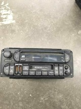 98-02 JEEP CHRYSLER DODGE RADIO STEREO W. EQUALIZER P56038623AF OEM - $62.89