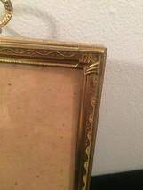 "Vintage 40s gold ornate 5"" x 7"" frame with top hanging circle design image 3"