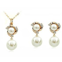 VALENTINES LOVE ROMANTIC GIFT Gold Plated Crystals Two White Pearl Br - $57.63
