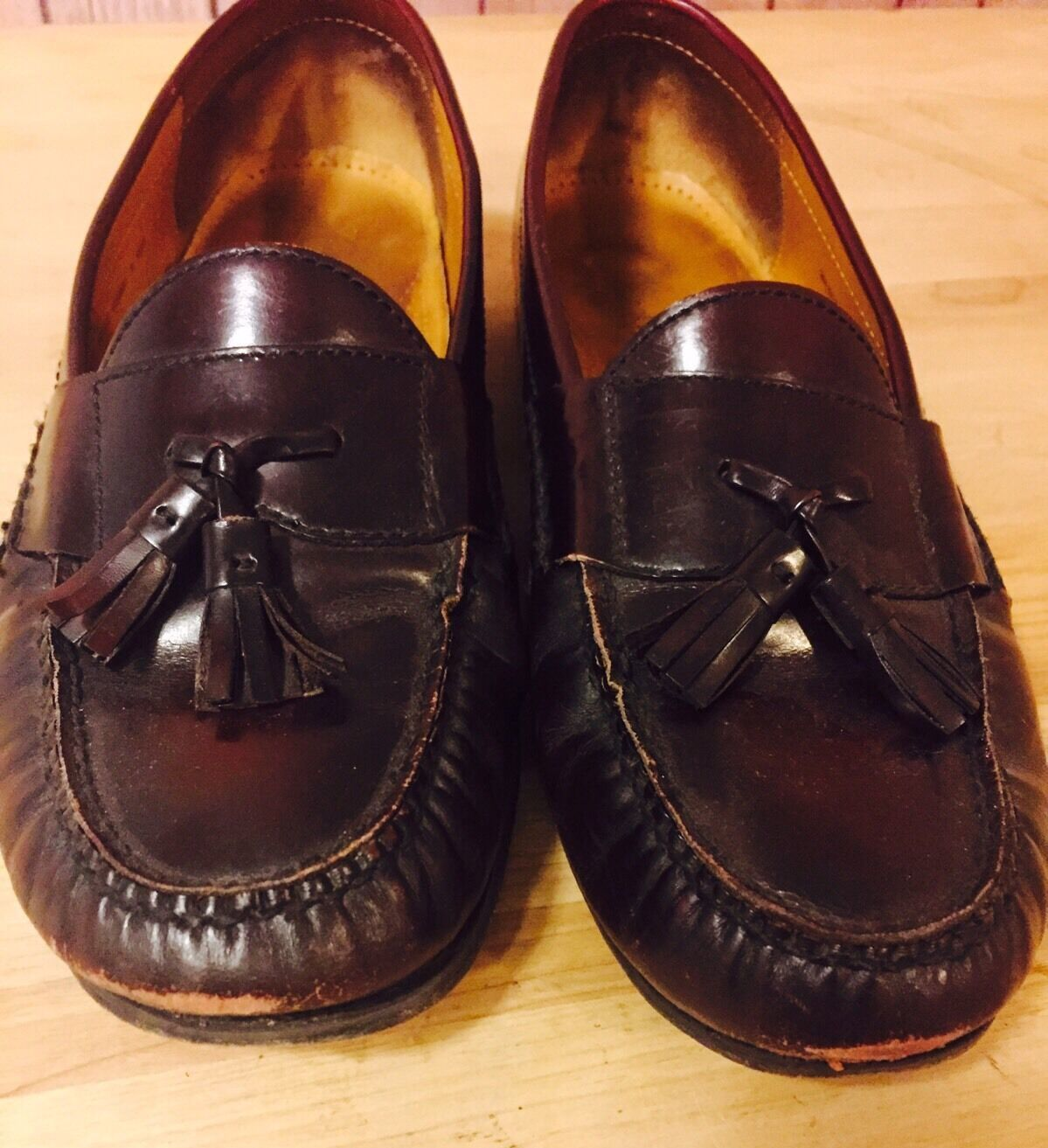 Cole Haan Deep Burgundy Leather Tassel Loafers Formal Shoe Sz 10.5 Goodyear Heel