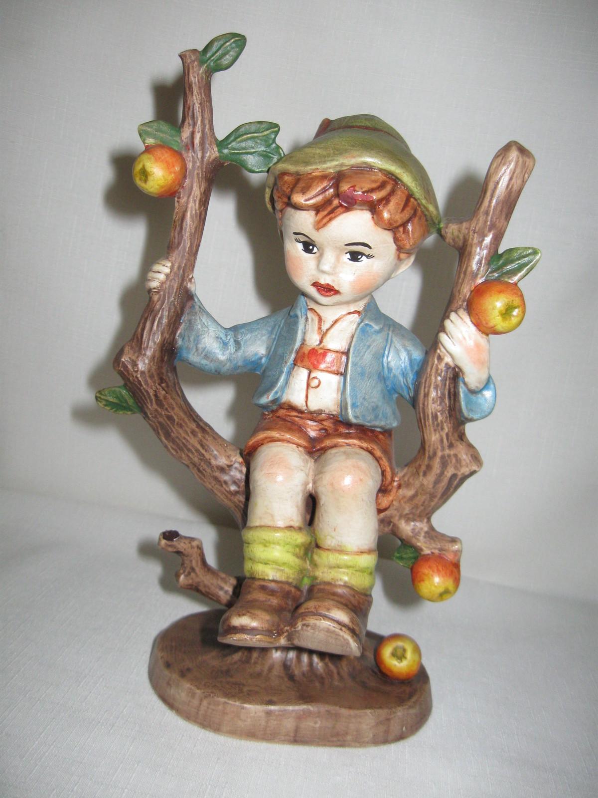Ceramic Apple Tree Boy Hummel Look A Like Boy Sitting on Branch SN 1981 - $12.95