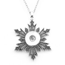 NW267  christmas  snowflake  12nn 18mm  snap button Necklace   pendant  ... - $6.66
