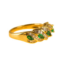 Emerald and Diamond Ring 18k Gold UK size N BHS - $1,334.10