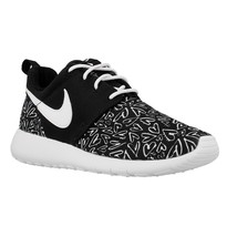 Nike Shoes Roshe One Print GS, 677784005 - $146.25