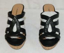 City Classified Layka S Black Sandal Wedge Heel Size Six image 2