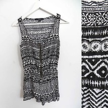 Forever 21 size SMALL black and white tribal grunge ornate print pattern... - $19.98