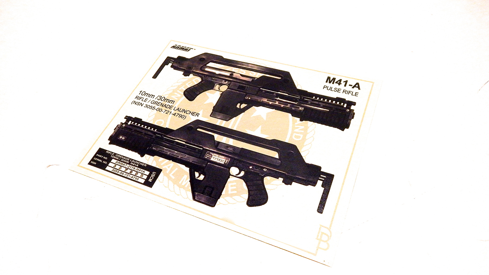 Aliens M41-A Pulse Rifle Display Card Poster and 50 similar