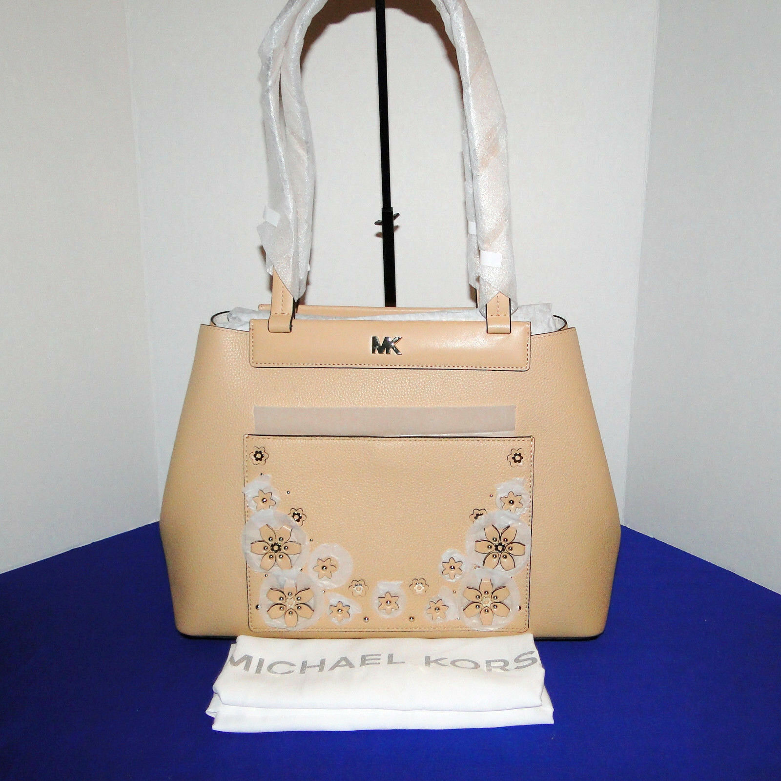 Michael Kors Meredith Med E/W Bonded Leather Tote Butternut