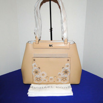 Michael Kors Meredith Med E/W Bonded Leather Tote Butternut image 1