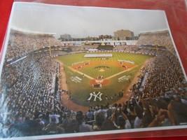 Photo--DAILY News N.Y.Yankees Legend Series-MARIS Arises The Mark To 61 - $16.42