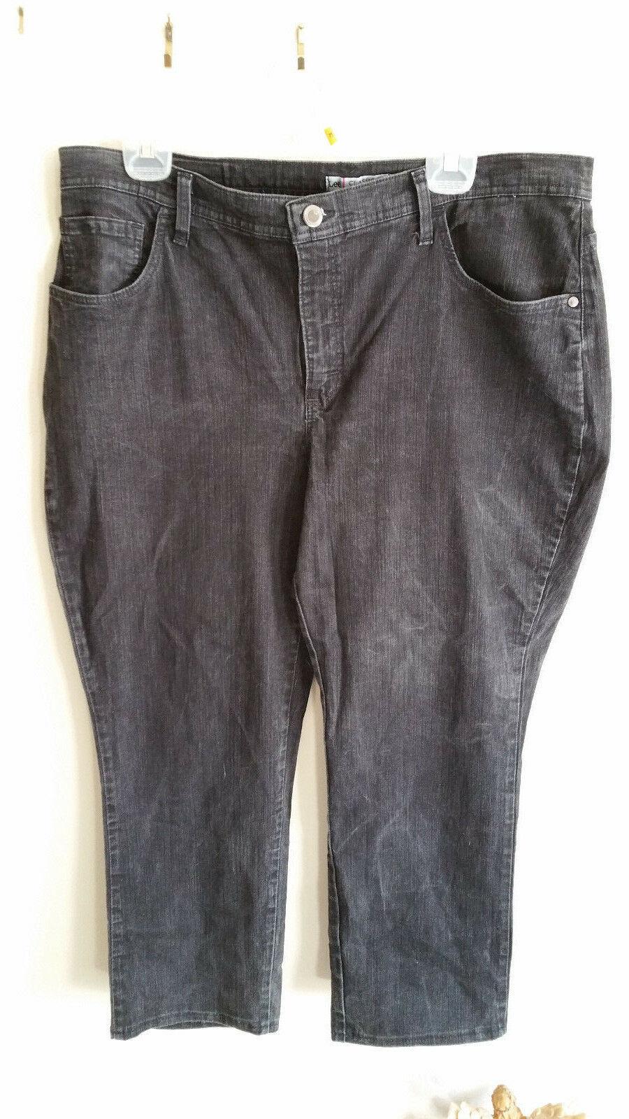 Plus size Petite 18W  Lee Jeans Classic Fit Dark Wash Stright Leg  image 5