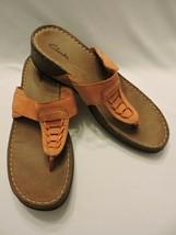 Clarks Solid Sandals Orange Thong Wedges Flip Flops Leather Slip On Shoes 9M - $31.50