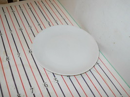 """ROSENTHAL RHYTHM RAYMOND LOEWY BREAD PLATE 6"""" - $4.60"""