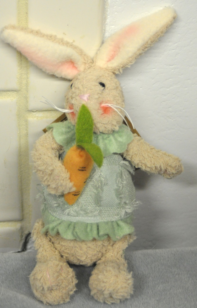Green bunny carrot