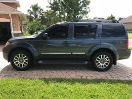2010 Nissan Pathfinder LE For Sale in Jacksonville, Florida 32259 image 5