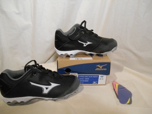 1a3c04a4b81 Mizuno 9 Spike Finch Elite Switch Womens and 50 similar items. Fcfd1a25  5c94 4b88 8aa0 ace42c7ce70b 500x375
