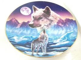 Wolf Plate Wolves Hamilton Collection Breaking The Silence Wilderness Sp... - $12.86
