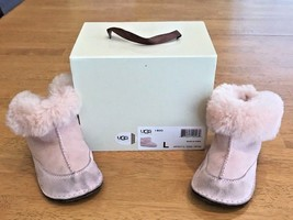 UGG Australia Pink Infant Furry Boots 5206 Size L With Box - Baby Girl UGGs - $359,50 MXN