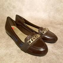 Liz Claiborne Womens Dana Sz 6 Brown Patent Leather Slip On Loafers Gold Chain - $24.99