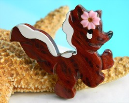 Vintage California Redwood Burl Skunk Brooch Pin Wood Carved - $10.95