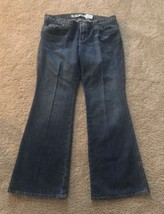 GAP Ultra Low Rise Boot Cut Ankle/Court Medium Wash Denmin Jeans Womens Size 8 - $13.96