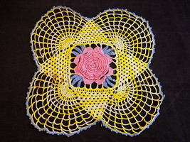 VINTAGE DOILY MEDIUM HAND CROCHETED YELLOW DOILY WITH PINK CENTER ROSE 9... - $8.46