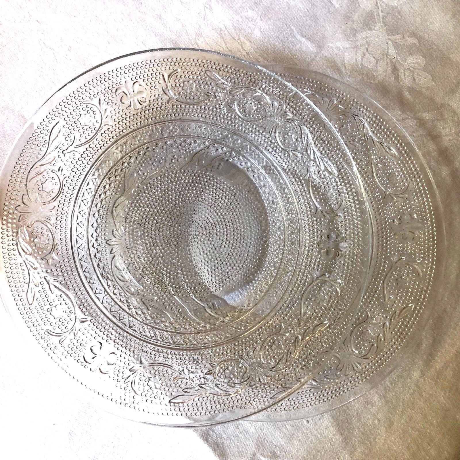 """VTG SET OF 2 INDIANA CUT PRESSED CLEAR GLASS 7"""" PLATE DISH image 5"""