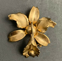 Small Dainty Orchid Brooch Pin Vintage Gold Tone Flower Floral - $14.80