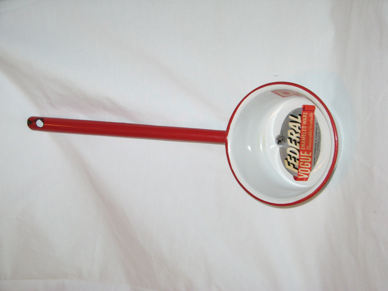 Federal (VOGUE) Red on White Enameled Ware long handeled dipper. BRAND NEW