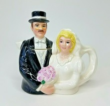 1994 Omnibus by Fitz and Floyd PersonaliTeas Toby Teapot Vintage Bride and Groom - $38.69