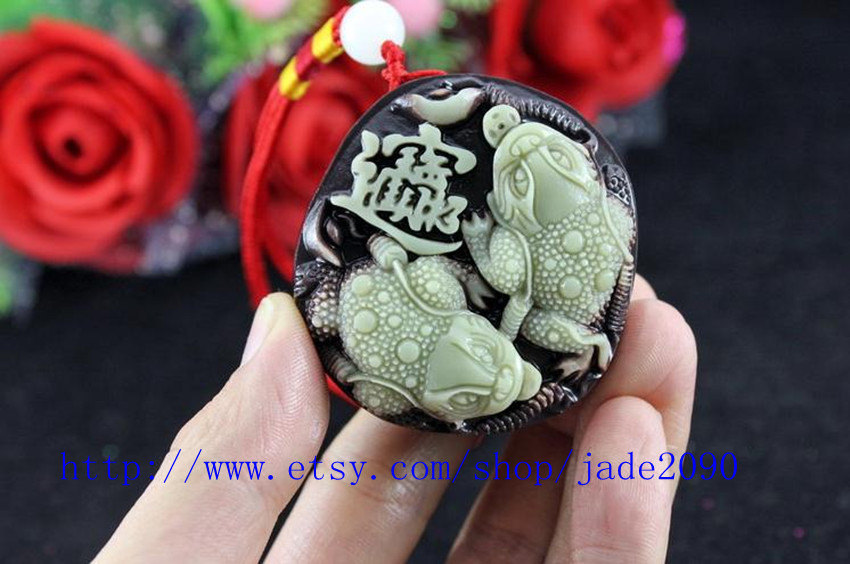 Free Shipping - Real Natural yellow green jade carved Money toad  Amulet charm j