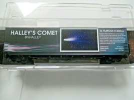 Micro-Trains # 10200842 Halley's Comet 60' Boxcar with Light N-Scale image 1
