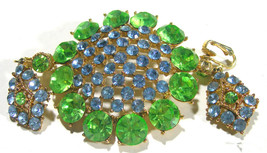 VINTAGE RHINESTONE DEMI PARURE SET GREEN BLUE BROOCH CHANDELIER CLIP ON ... - $110.00