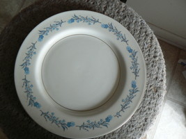 Theodore Haviland dinner plate (Clinton) 9 available - $4.31