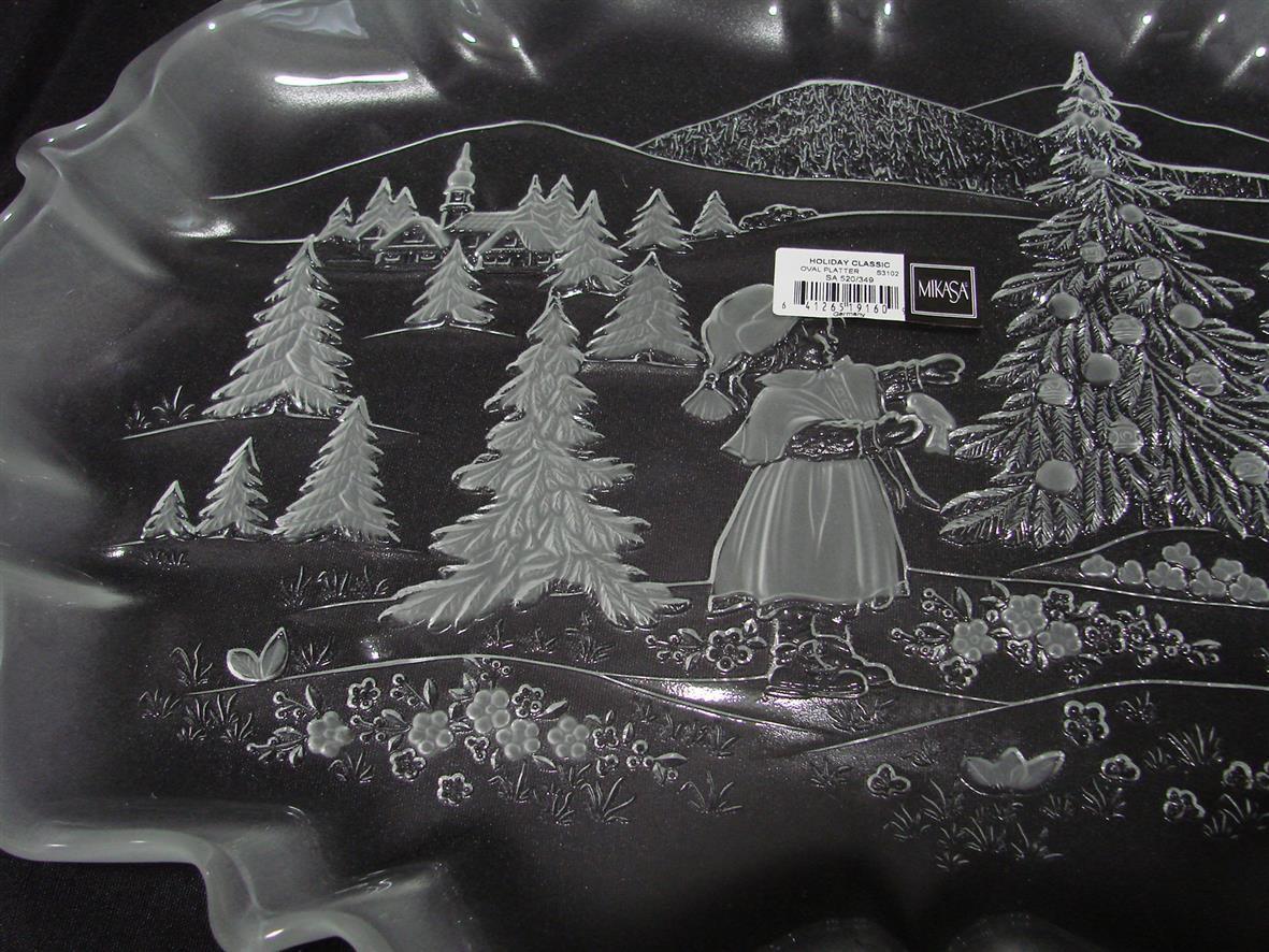 Vintage Mikasa Holiday Classics Oval Platter Christmas Village Santa Scene