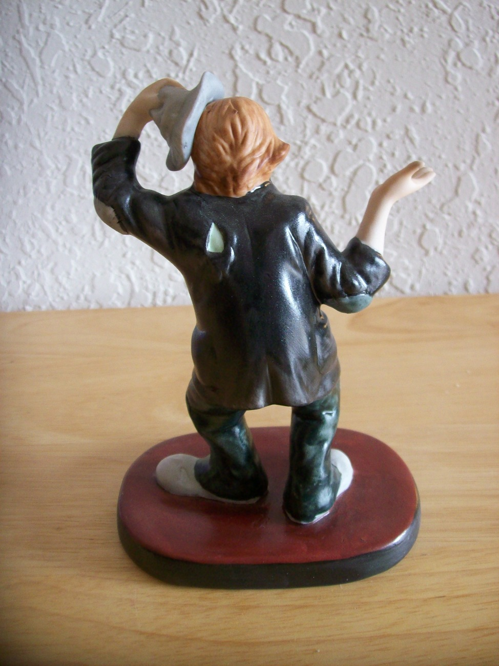 "1998 Emmett Kelly JR. ""I'm Sorry"" Figurine (9011)."